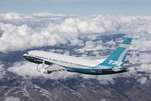 Boeing 737 MAX 7 achieves first flight, begins flight tests