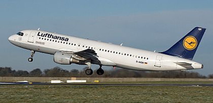 Lufthansa chooses Goodrich to retrofit runway turnoff lights on German airline's fleet of Airbus A320 passenger jets