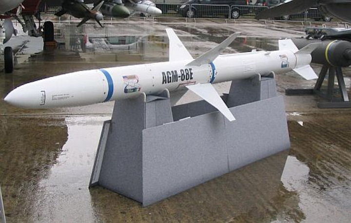 Navy orders EW missile-control computers for U.S. and Australian combat aircraft