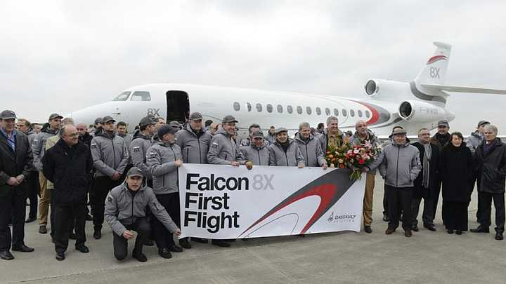 Dassault Aviation Falcon 8X ultra-long range trijet takes to the air