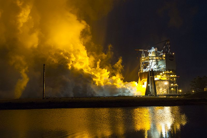 Aerojet Rocketdyne completes hot-fire test with RS-25 engine controller unit