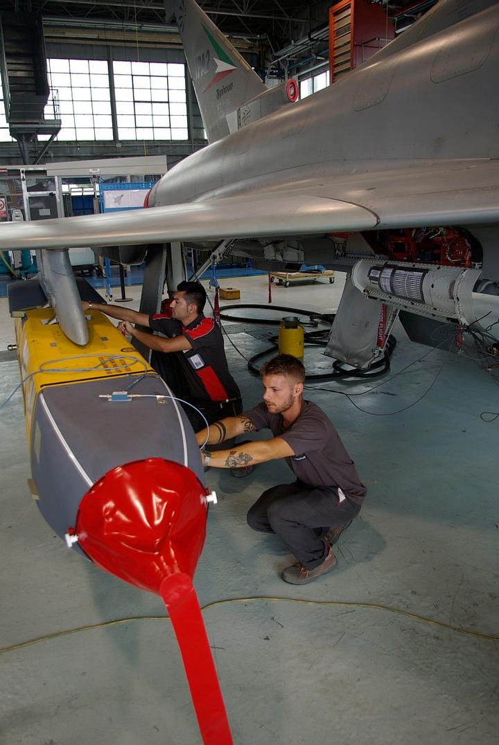 Engineers complete ground tests of Storm Shadow on Euroflighter Typhoon military jet