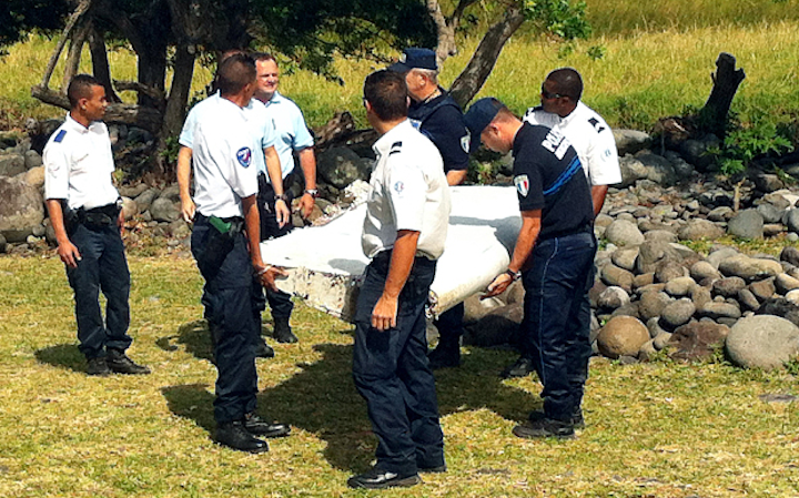 Boeing 777 wing recovered in Indian Ocean likely Malaysia Airlines wreckage