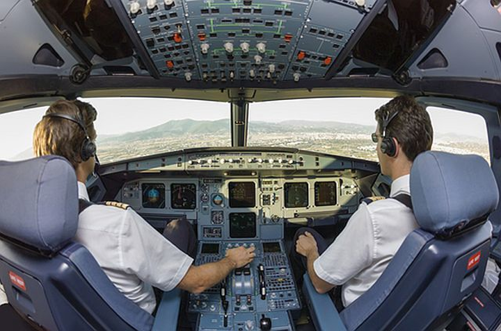 Boeing: More than 1 million commercial airline pilots, maintenance technicians needed