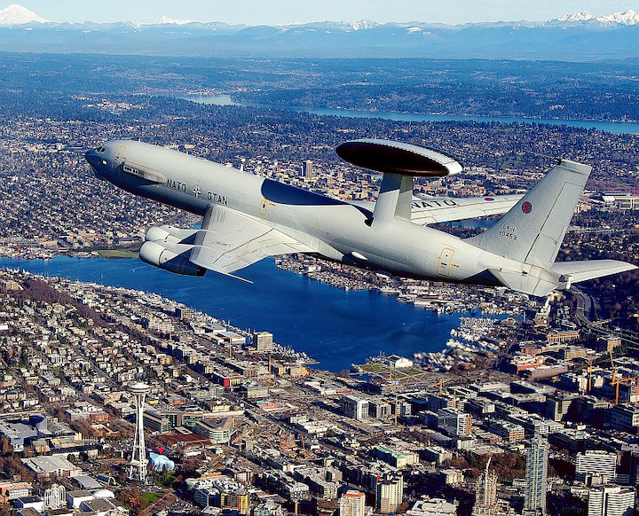Boeing upgrades, tests NATO AWACS aircraft with Rockwell Collins avionics