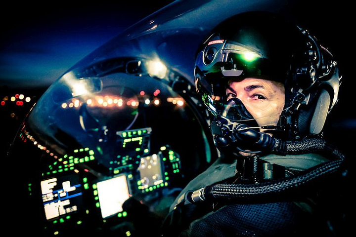 BAE Systems tests Striker II fighter pilot helmet's night-vision capabilities