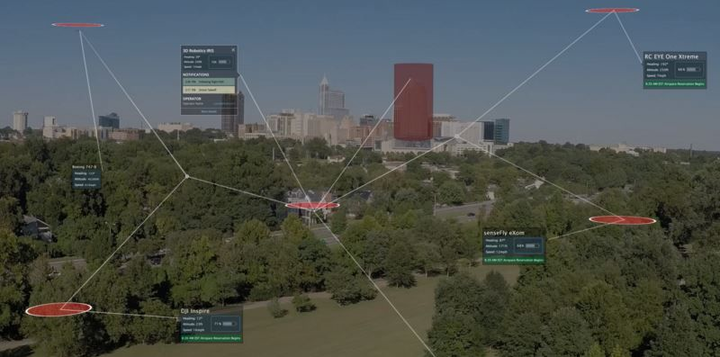 Engineers assess cloud-based air traffic and unmanned aircraft technologies in DHS integration test
