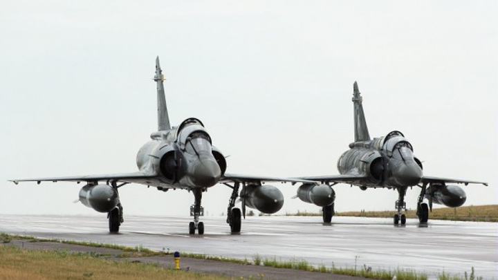 Dassault Aviation engineers to renovate French Air Force Mirage 2000D aircraft