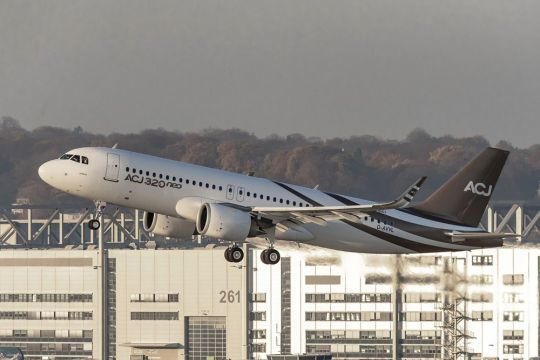 Title First Airbus ACJ320 takes maiden flight in Germany