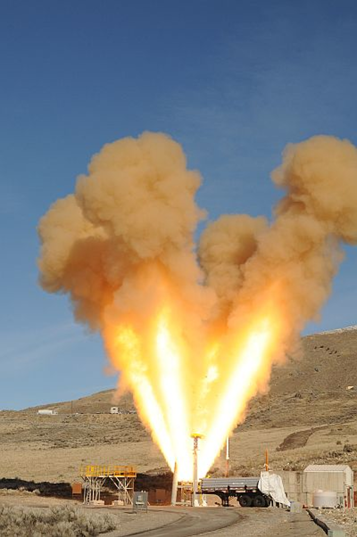 Static test qualifies crew safety launch abort motor for flight in cold conditions on spacecraft