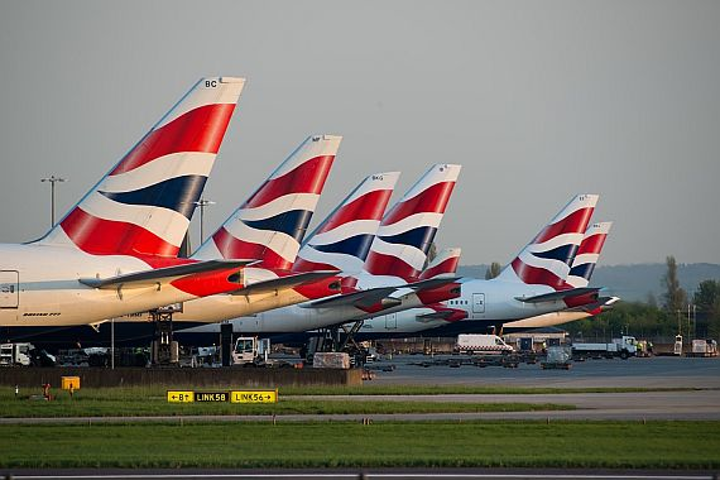 Possible drone flights halt traffic in London again - this time at Heathrow