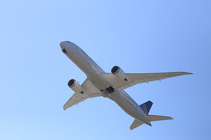 Lufthansa Group to buy 20 Boeing 787 Dreamliner jets