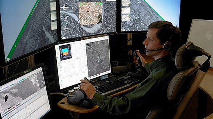 Navy asks Raytheon to upgrade unmanned helicopter control system with Linux software and more intuitive controls